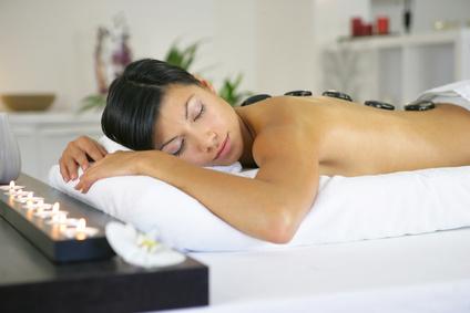 Actualites Un massage aux pierres chaudes pour maman
